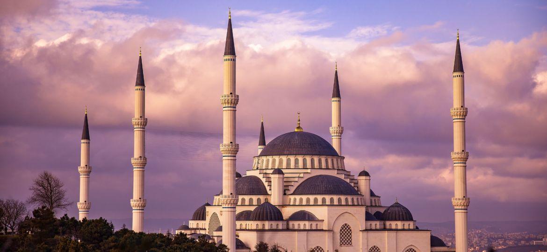 mosque-3905675